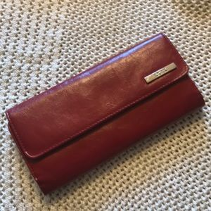 Kenneth Cole Reaction Trifold wallet